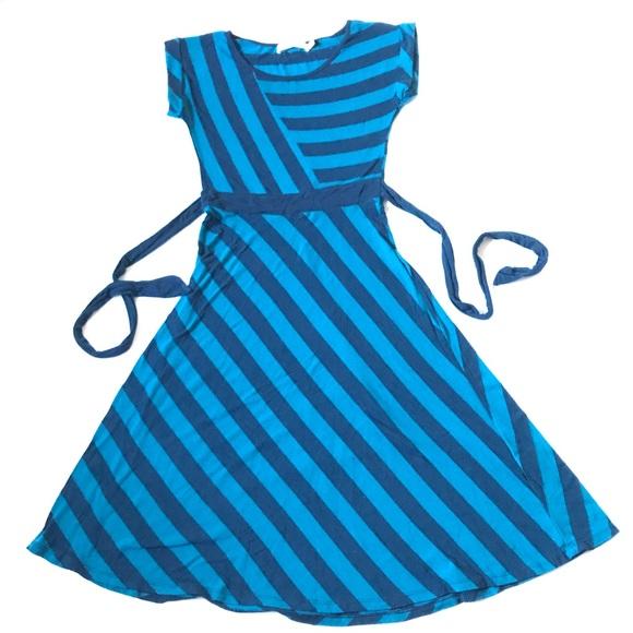 Sunny Girl Dresses & Skirts - ModCloth Sunny Girl striped swing dress w back tie